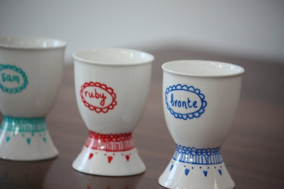Egg cup - custom name / hand painted