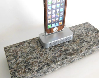 New Caledonia Granite with a silver braeburn iPhone 7/7+, 6/6+ and 5/5s dock