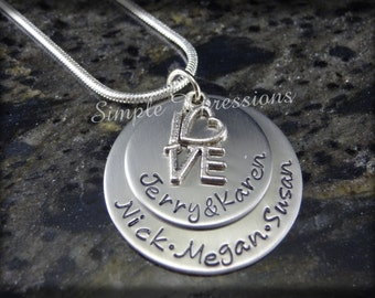 Personalized Mothers Necklace - Mother of Three