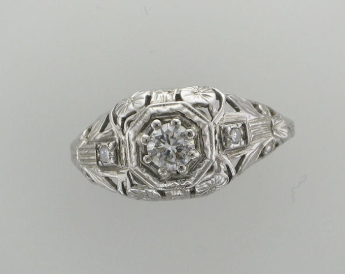 18 Karat White Gold Ladies Filigree Diamond Edwardian Ring