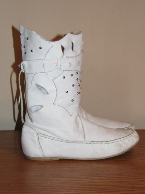 white cut out moccasin boots flat leather pair silver