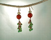 Red Dog Green With Pearls Gemstone Earrings