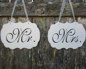 Mr and Mrs Wedding Chair Signs - Wedding Chair Signs - Sweetheart Table Signs -Wedding Signage - Decorations - Wedding Table Signs - kg780