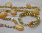 Short necklace statement green pearls yellow amber silver