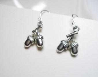 Sale- Tiny Acorn  earrings- Botanical jewelry, Acorn jewelry- Free Shipping
