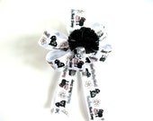 Child's birthday bow/ Novelty gift bow/ Small gift bow/ Special occasion bow/ Birthday party bow/ Birthday decoration (FN23)