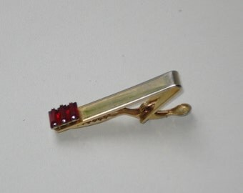 Vintage Nippy Clip Tie Pin - Skinny Tie Gold Tone Red Rhinestone Tie Bar -  Retro Mens Accessories 1950s