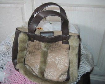 FREE USA SHIPPING / Vintage Bath and Body Works Small Hand Bag with fur