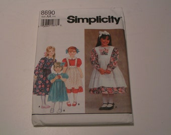 Simplicity Pattern 8690 Child Dress and Pinafore