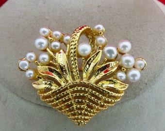 Vintage Pearl Basket Pin
