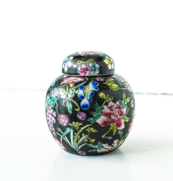 Vintage Chinese Ginger Jar Black Floral Tea Jar and Cover