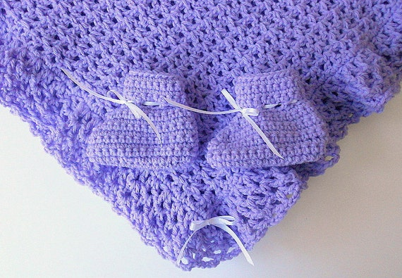 Lilac Blanket And Booties  Infant Girl Lavender Afghan With Slippers Baby Boy Pastel Purple Shower Gift Newborn Violet Baptism Set