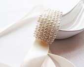 Pearl Cuff, crystyl and pearl, Embroidered C uff,  wedding Cuff, Bridal Cuff