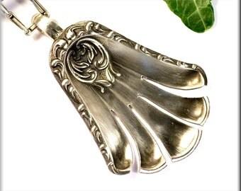 "Pendant ""Countess"" made of 800 silver"