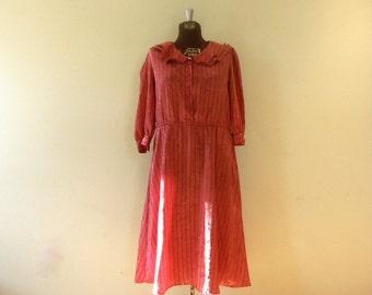 Vintage 1970's Dress / Med/Large / Valentine's Day Dress