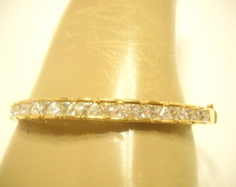 Vintage Gold Tone Crystal HINGED BRACELET (2584)