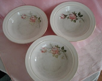 Vintage Shabby Berry Bowls Pink Primrose Hall China Grand Union Exclusive Shabby Cottage Chic