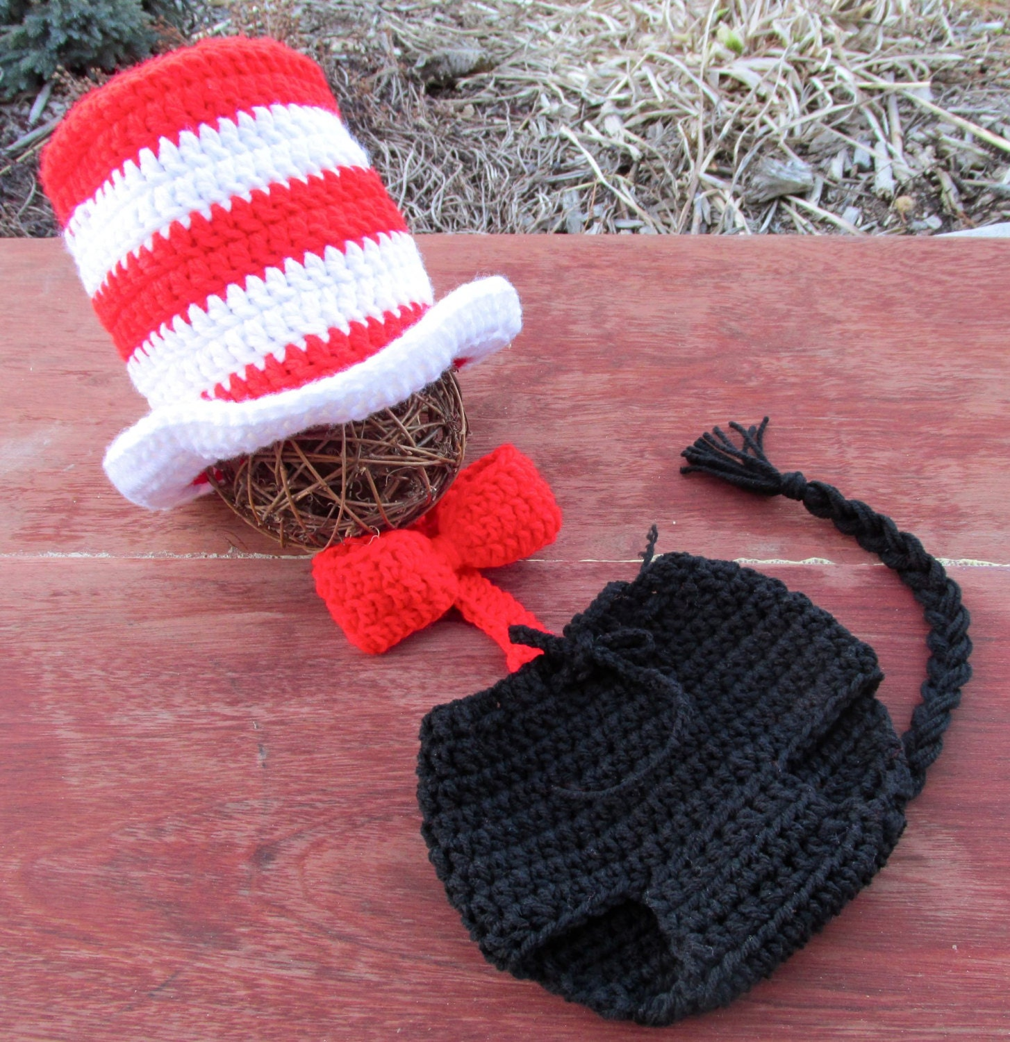 Newborn Crochet Cat Hat Pattern : Newborn 1 yo. Baby Crochet Cat in the hat top hat Dr. Seuss