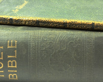 Antique Black Leather New Testament Holy Bible - Holman Edition