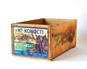 Wooden Fruit Crate - Lake County Mountain Bartlett Pears, Rustic Home Decor