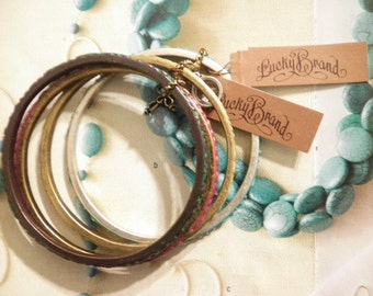 1 Set of 4 Vintage Lucky Brand Assorted Bangles