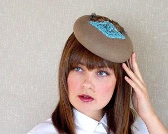 SALE - Taupe Felt Pillbox Hat - Felt beret - Latte Fascinator