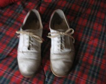 1950s white bucs bucks with cool worn look Biltrite red soles