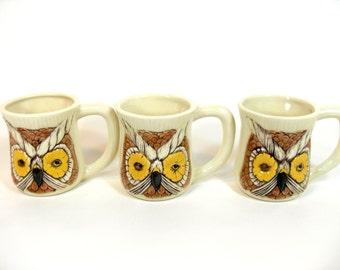 "SALE! Retro Winking Owl Mugs ""Have a Nice Day"", Retro Coffee Mugs, Owl Mugs, Retro Mug, Vintage Kitchen, Retro Kitchen"