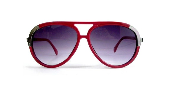 Vintage Aviators Red Silver Sunglasses with Smoke Lenses
