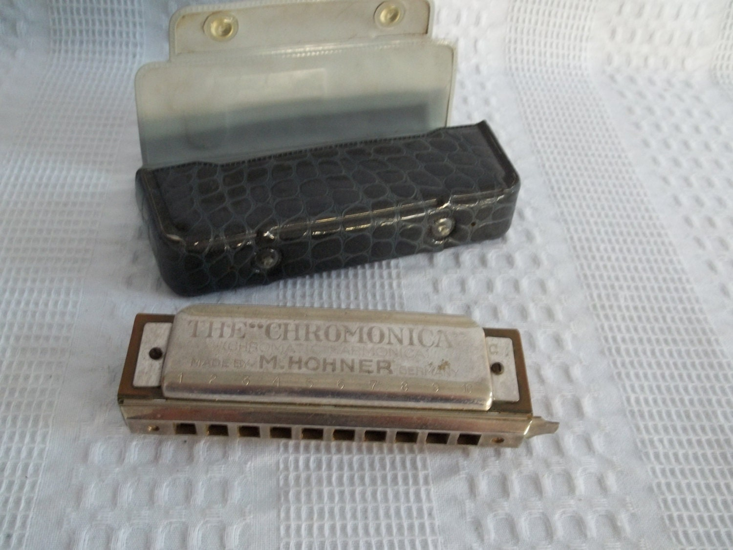 vintage the chromonica chromatic harmonica by m hohner made. Black Bedroom Furniture Sets. Home Design Ideas