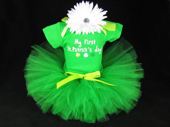 Patrick's Day graphic, this tee is built Little Fancy 4PCS St Patrick's Day Outift Set Baby Boys Girls Shirt Pants with Hat and Headband ( Months) by Little Fancy.