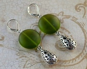 Olive Green Long Dangle Earrings Silver Cutout Teardrop Sea Glass Seaglass -like Sage Frosted 3D Drop Fashion Jewelry Lever Free Shipping