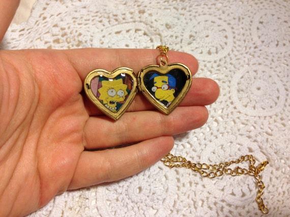 The Simpsons Milhouse and Lisa Loveheart Locket