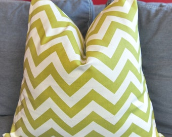 Piillow Cover, Decorative Pillow, Throw Pillow, Toss Pillow, Sofa Pillow, Olive Green, Green Zigzag, Green Chevron, 18x18 inch, Home Decor