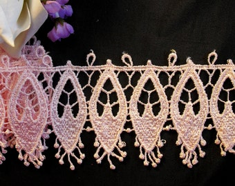 Item: A5126N3, 2 Yards of 3 inches, Scalloped Venise Lace Trim with Narrow Oval Design in the Center
