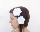 White Large flowers hair clips, camelia  flower hair clip, wedding hair accessories, bridal hair accessory, rustic, set of 2