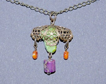Art Deco Gaspeite, Jasper, Veriscite Necklace