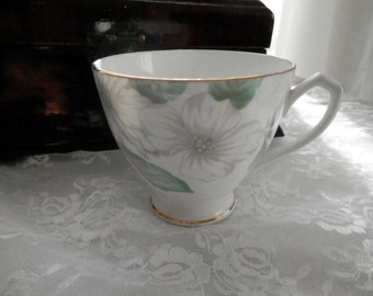Vintage Crownford  bone china tea cup , Made in England