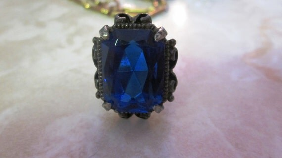 SALE Vintage Blue Glass Silver Tone Cocktail Ring Adjustable Size 6