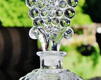 Vintage Deco 1930s L. G. Wright HOBNAIL Pattern Glass PERFUME BOTTLE with Tall Ornate Plume Stopper..Nouveau Downton Abbey