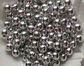 Beads Plastic Silver Metallic Gray 5mm Round 40 pcs pearl-shell Beads
