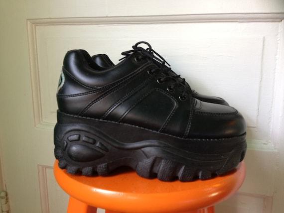 Black platform boot heels