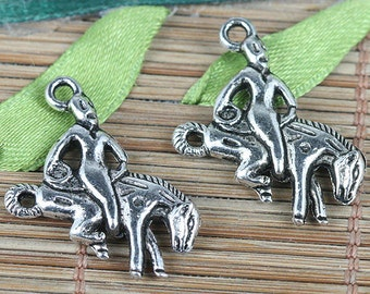 14pcs tibetan silver tone knight on the ridding horse charms EF0190