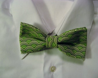 Green, Black and White Cotton PreTied Bow Tie