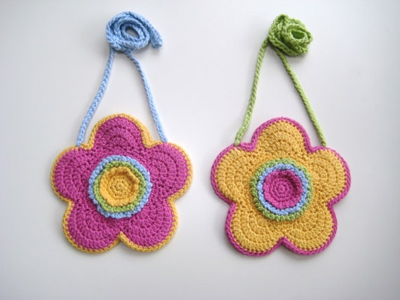 Crochet Flower Purse Pattern : Crochet Pattern Flower shaped purse bag INSTANT DOWNLOAD PDF, girl ...