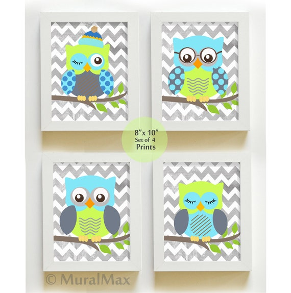 Baby room decor owl decor nursery art set of 4 prints for Baby owl decoration