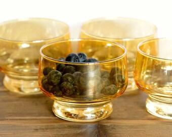 Gold lustre dessert bowls, set of four