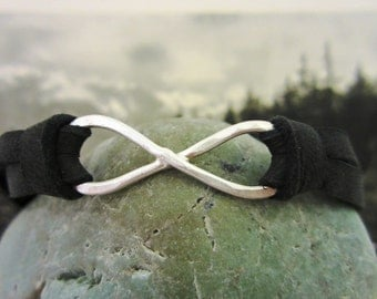 Sterling Silver and Deerskin Lace Leather Infinity Bracelet - mens/womens - black