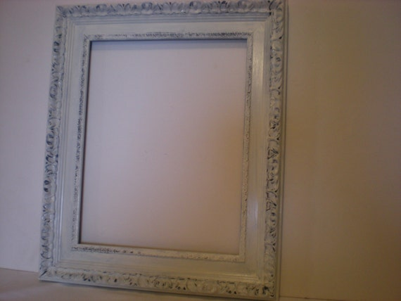 White Distressed /11x14 Ornate Picture Frame/ Vintage/ Wedding/ Shabby