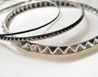 Vintage Bangle Bracelet Set of Three Silver and Black